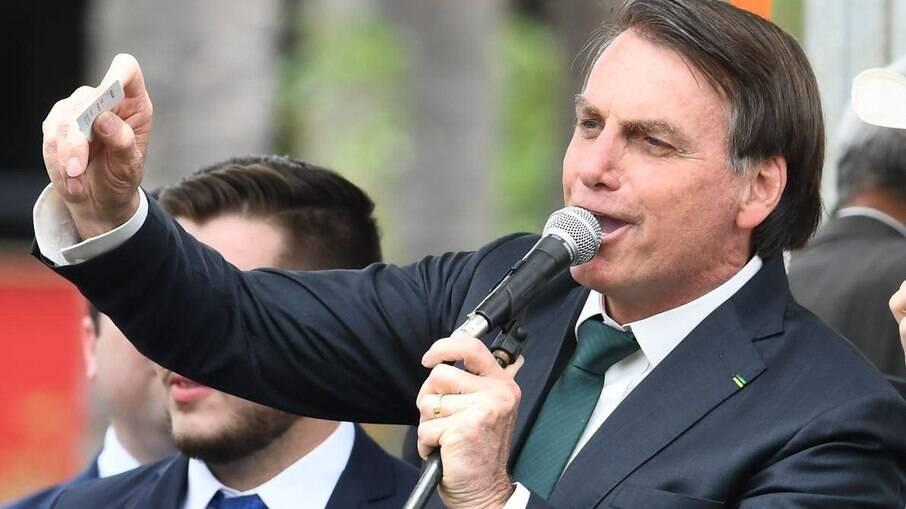 Bolsonaro diz que 'tratamento precoce' contra Covid-19
