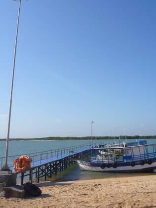 Trapiche de Galinhos, de onde os barcos saem para passeios
