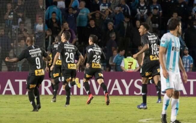 Corinthians coloca Rede TV! em primeiro lugar e abre espaço para fim da hegemonia global no futebol