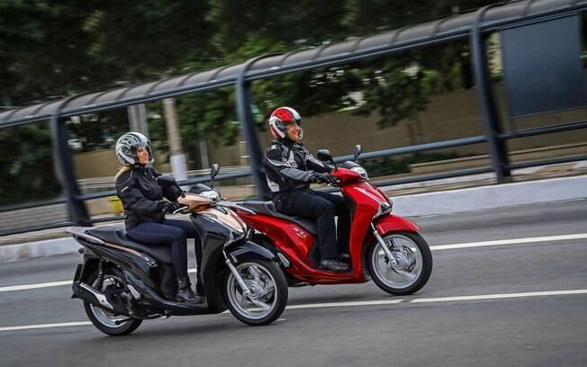 Honda SH 150 i: as duas versões da linha 2018 do scooter com novas cores, mas sem mudanças no conjunto mecânico