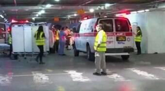 Acidente em sinagoga deixa dois mortos e 167 feridos; veja vídeo