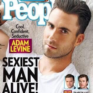Adam Levine na capa da 'People' como o mais sexy do mundo