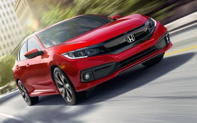 O Honda Civic nacional ganhará detalhes do modelo americano em sua renovação de meia-vida