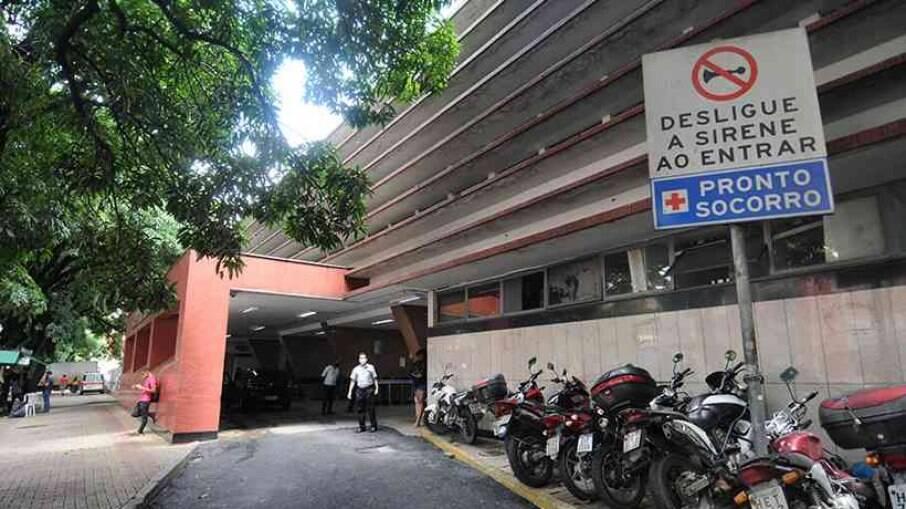Homens foram encaminhados ao Hospital João XXIII em Belo Horizonte, Minas Gerais.