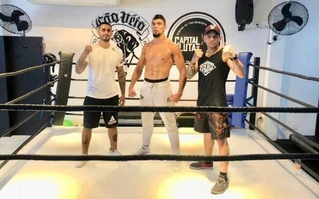 Caio Franco e Lucas Mineiro participam dapreparação de Johnny Walker para o UFC 235