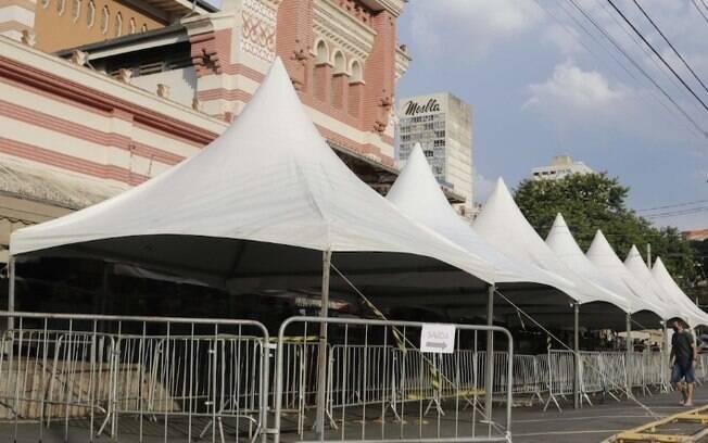 Covid: Mercadão de Campinas terá gradis e tendas para vendas de Páscoa