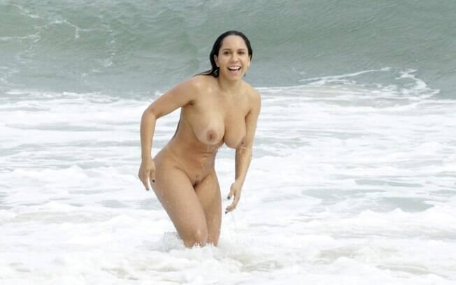 Nua Mulher Mel O Toma Banho De Mar Na Praia Abric Foto
