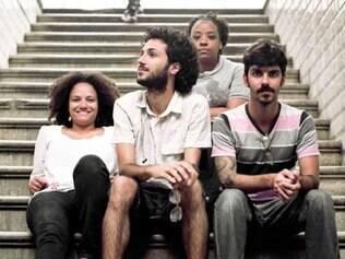 Espanca! completa dez anos com nova formação, mas sem deixar de ser uma referência do teatro em Minas