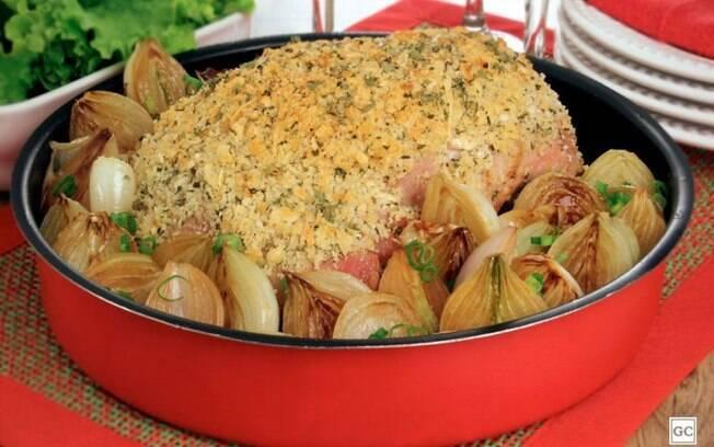Jantar especial com pernil com crosta crocante