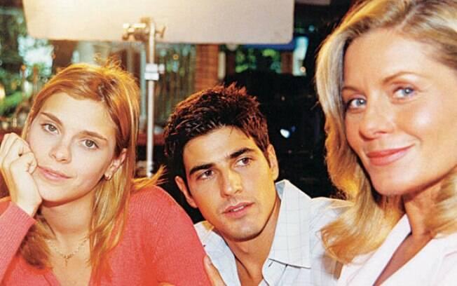 Helena (Vera Fischer), Camila (Carolina Dieckmann) e Edu (Reynaldo Gianecchini)