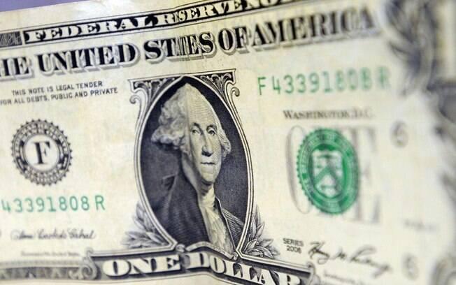 Moeda norte-americana chega ao maior valor da história desde a criação do real nesta quarta-feira