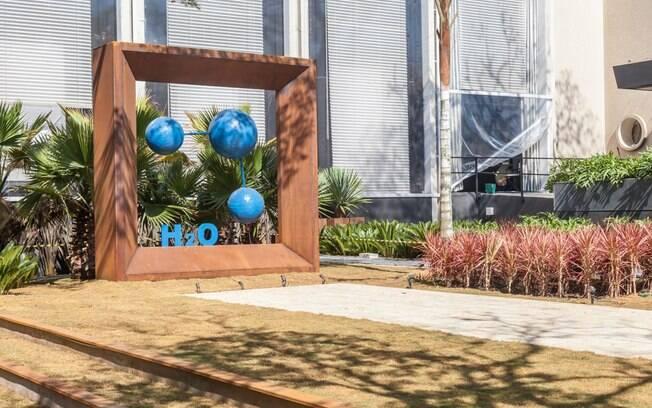 Planejado por Juliana Freitas e João Jadão, o Jardim H2O ganhou espécies que exigem pouca água. O objetivo era diminuir a quantidade do recurso para a manutenção do espaço
