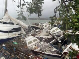 Ciclone Pam atingiu o pico de intensidade na sexta-feira (13) à noite, registrando ventos, em média, de 250 a 270 quilômetros por hora (km/hora)