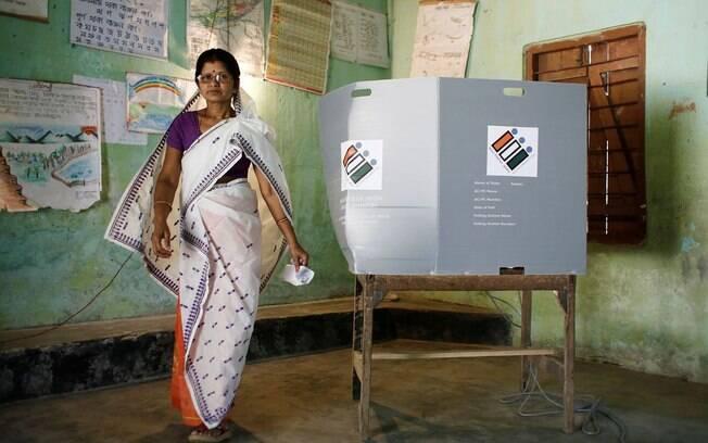 Cerca de 900 milhões de eleitores vão às urnas para escolher parlamentares na Índia