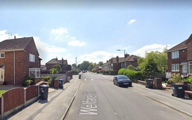 A polícia foi chamada após o ataque de cão em um endereço na Welfare Road, na cidade inglesa de Doncaster