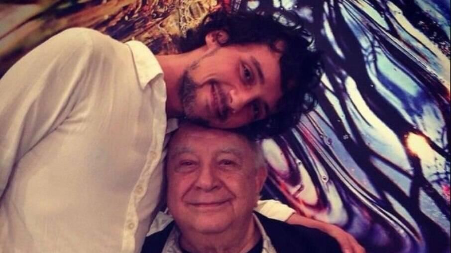 Fredy Allan lamenta a morte de Sérgio Mamberti