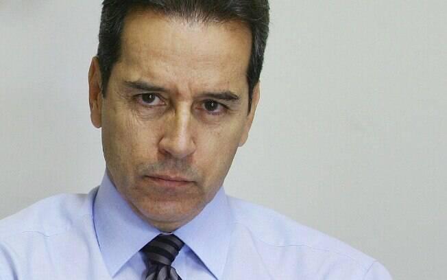 Defesa de Luiz Estevão apresentou vários recursos, conseguindo adiar o cumprimento da pena