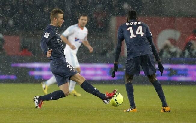 A vitória por 2 a 0 sobre o Olympique na 26ª  rodada marcou a primeira partida de Beckham pelo  PSG