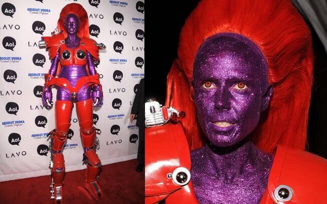 Heidi Klum apareceu de robê em 2010