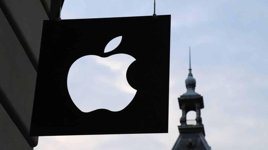 Apple inicia testes de tela dobrável