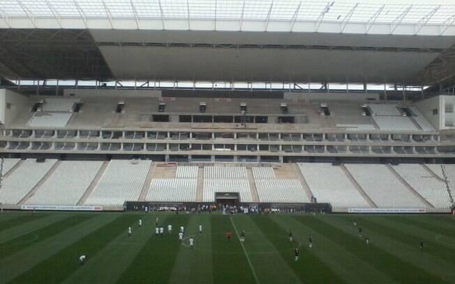 Corinthians orienta torcedor para inaugurar est dio e pede for Piso 0 inferior estadio da luz