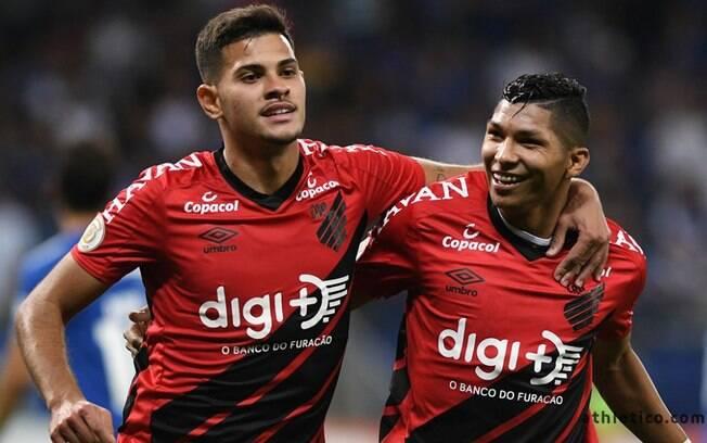 Mesmo com compromisso pela Libertadores, Athletico-PR investiu em time titular contra o Cruzeiro