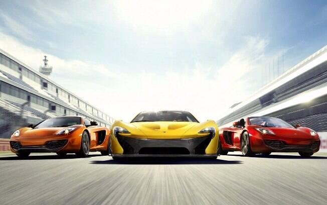 Carros mais velozes atuais superam fácil a barreira das 200 mph (321 km/h), que parecia instransponível há pouco tempo