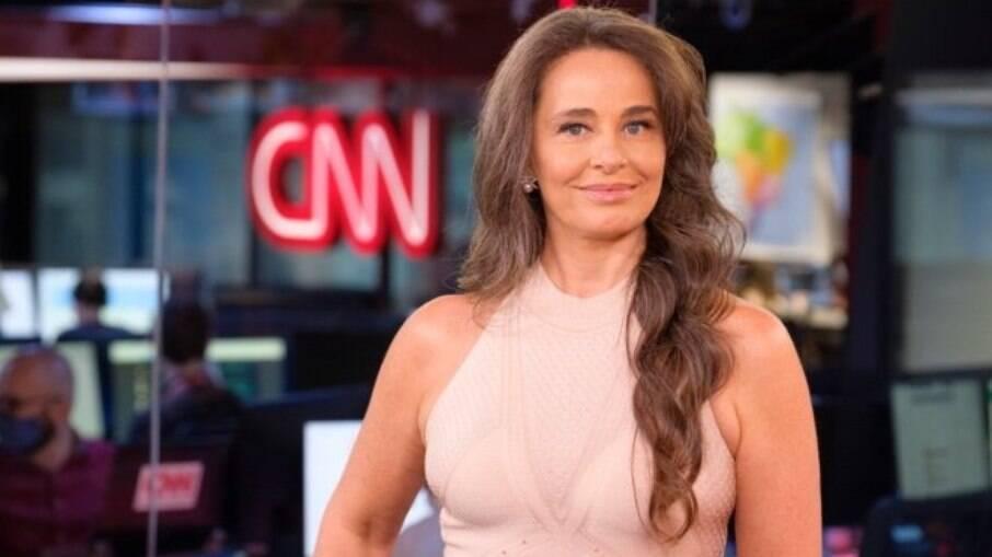 Carla Vilhena, contratada da CNN