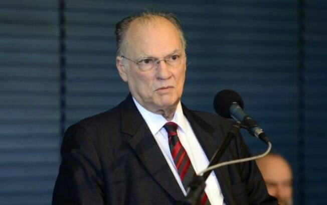 Presidente nacional do PPS, deputado Roberto Freire assumirá posto de Marcelo Calero no Ministério da Cultura