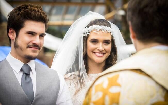 Marocas (Juliana Paiva) e Samuca (Nicolas Prattes) finalmente subirão ao altar em