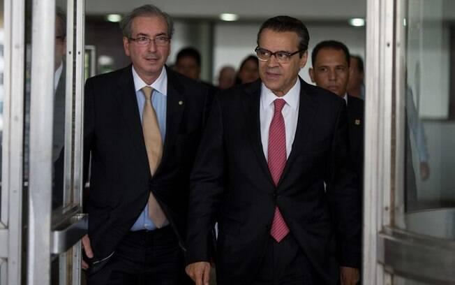 Ex-deputados federais Eduardo Cunha e Henrique Alves após reunião do Conselho Nacional do PMDB