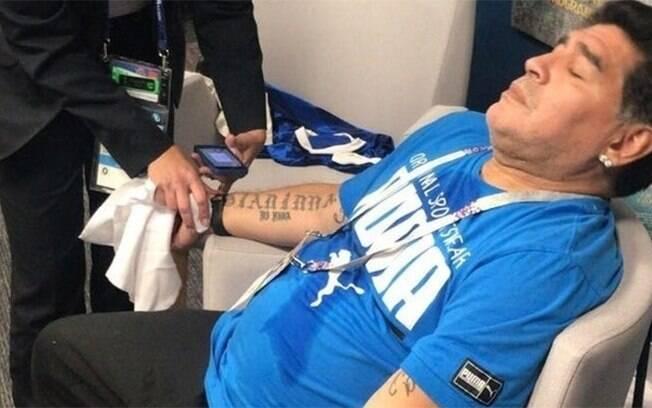 Maradona é alvo de grande polêmica