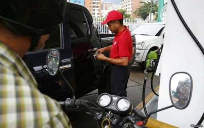 Até Nicolás Maduro admitiu que o contrabando de alimentos e gasolina é mais lucrativo 'que vender cocaína'