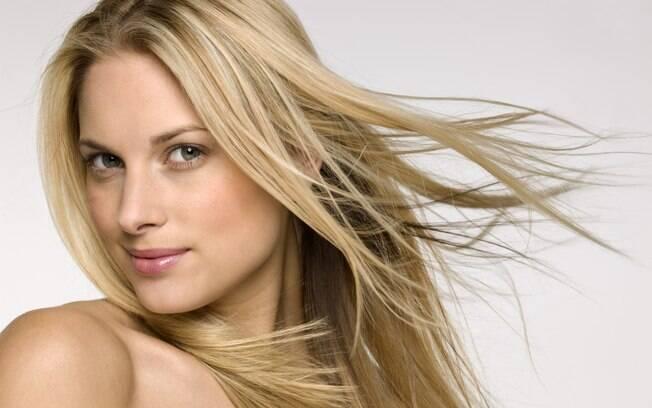 Limpeza, hidratação e cuidados simples mantêm os cabelos lindos e sempre saudáveis