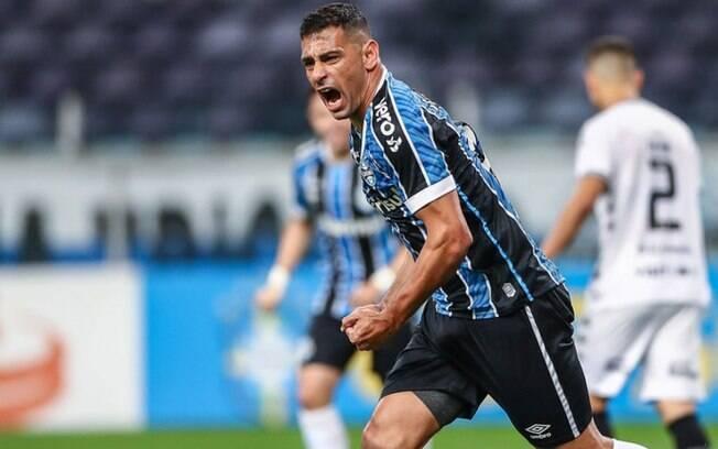 Diego Souza faz planos para se aposentar dos gramados