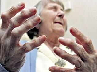 Passos. Pesquisa pretende fazer testes para tratar dores mais crônicas e persistentes, como a de artrite