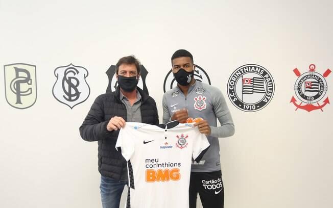Corinthians apresenta Natel