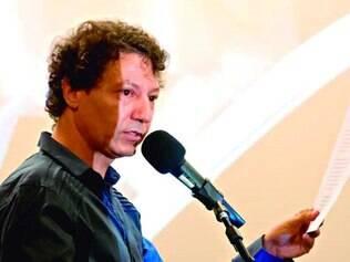 Interpretação. O poeta e performer Wilmar Silva de Andrade vai revisitar a obra da poetisa paulista