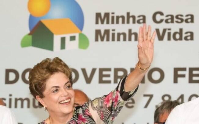 Durante evento, Dilma afirmou que sociedade precisa se engajar no combate ao Aedes aegypti