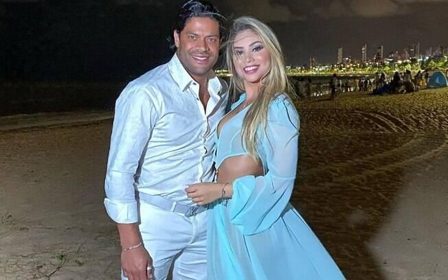 Hulk Paraíba e Camila Ângelo seguem juntos, mas família não aprova