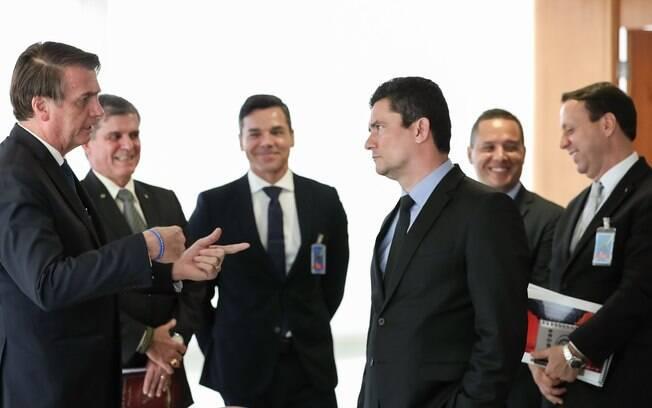 Bolsonaro volta a defender Sergio Moro