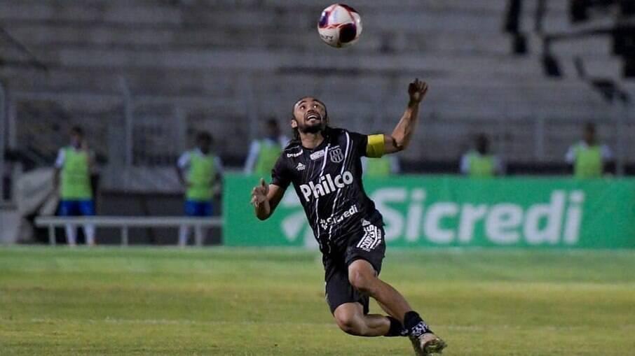 Ponte Preta venceu o Santos por 3 a 0 em Campinas