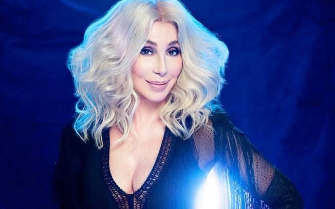 Cher faz pergunta misteriosa no Twitter
