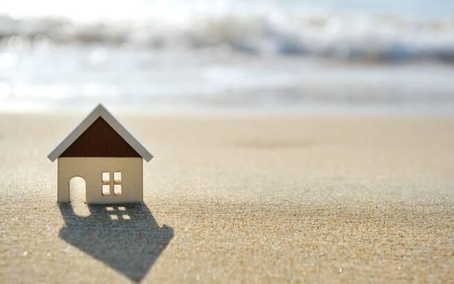 Antes de ser usada nas férias, a casa de praia precisa ser limpa para evitar problemas à saúde; confira cinco passos