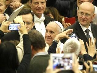 Papa expulsa padre espanhol acusado de pedofilia