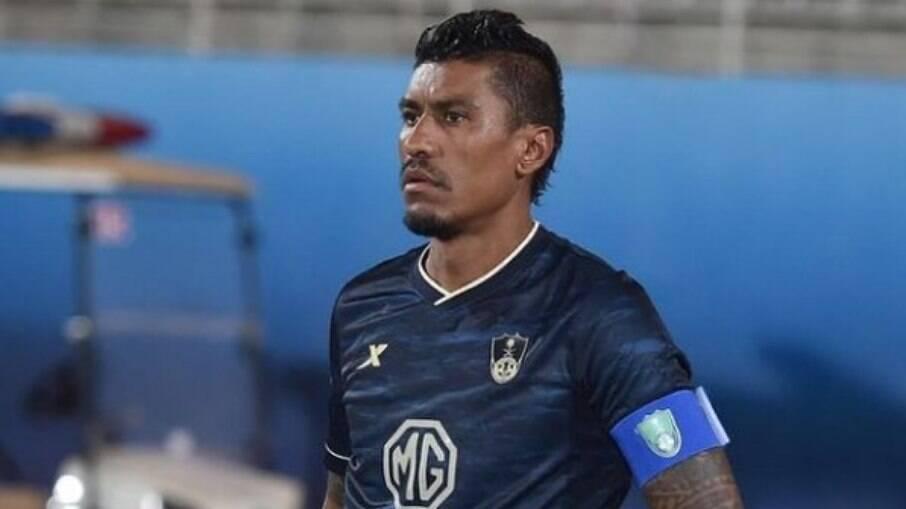 Paulinho está próximo do Corinthians