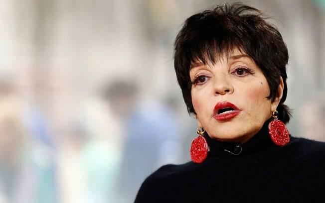 Liza Minnelli precisou recorrer às clínicas por causa de seus problemas envolvendo o uso excessivo de substâncias