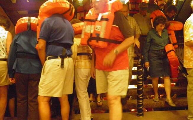 Passageiros do Marina são convocados para treinamento de segurança