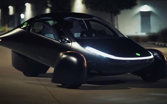 Elétrico Aptera tem versão com paineis solares e autonomia de mais de 1.600 km
