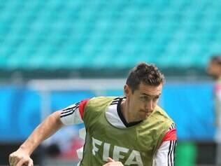 Miroslav Klose está um atrás da marca de Ronaldo Fenômeno em Mundiais